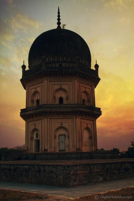 Tomb of Jamsheed Quli Qutub Shah